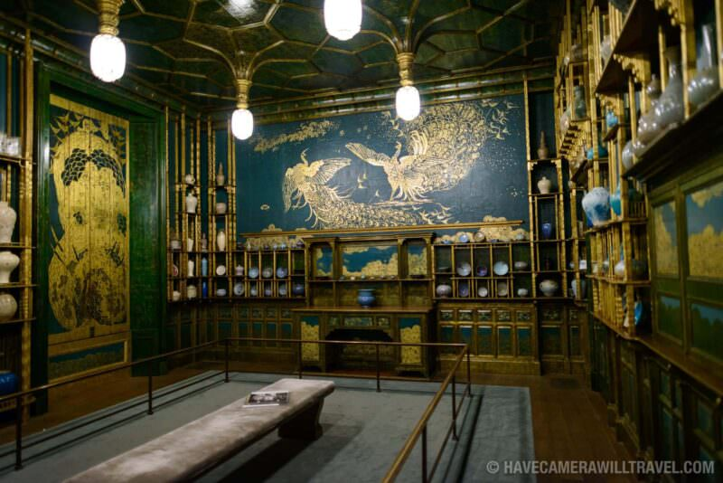 185-154133825 Freer Gallery of Art Peacock Room Wide Shot.