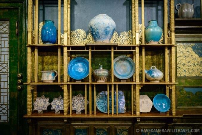 185-154249831 Freer Gallery of Art Peacock Room Display Items.