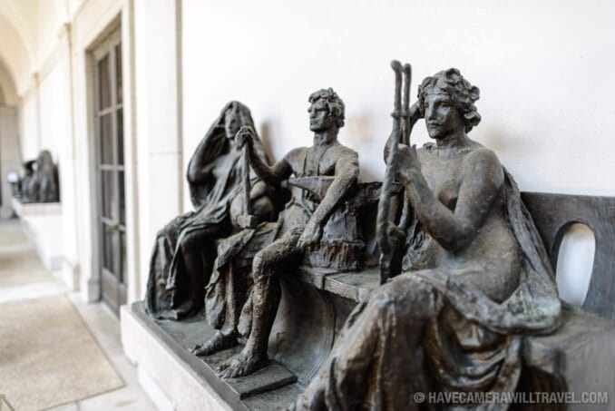 185-155502863 Freer Gallery of Art Courtyard Statues.