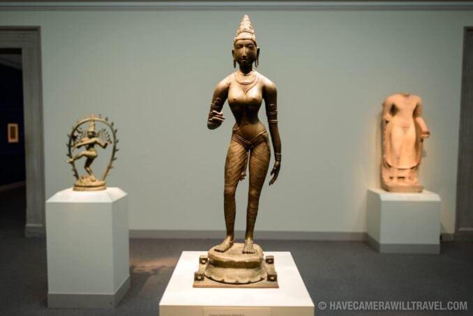 185-155852868 Freer Gallery of Art Bronze statue of Queen Sembiyan.