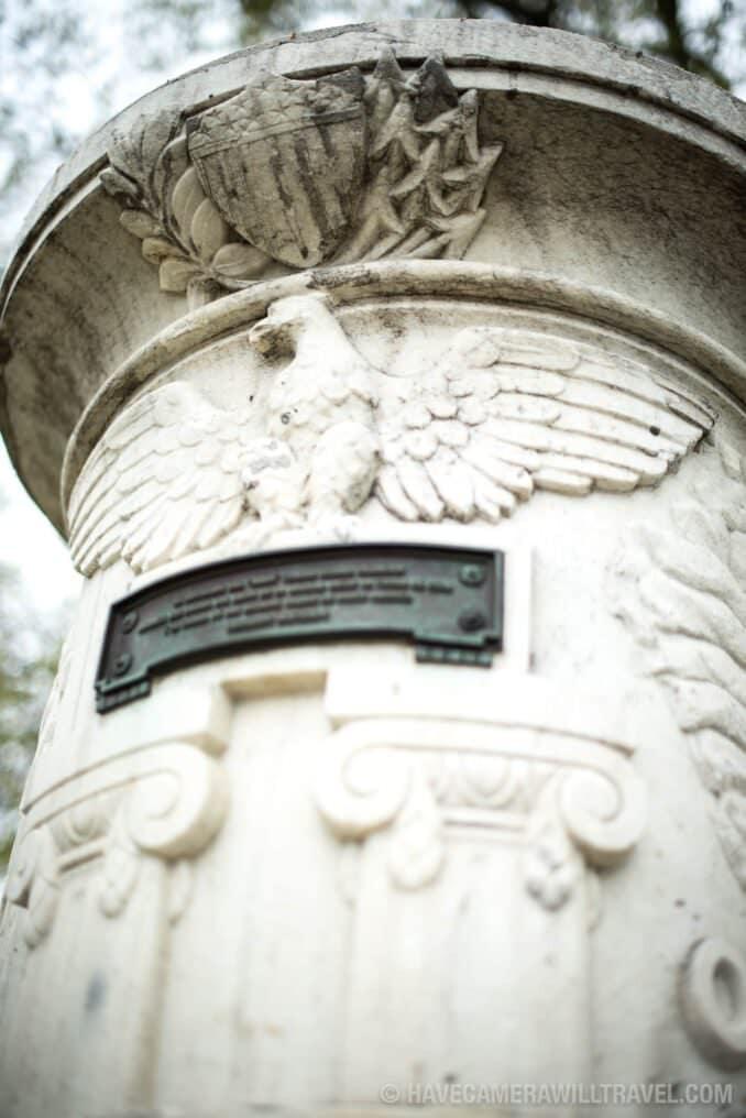 Cuban Friendship Urn Detail