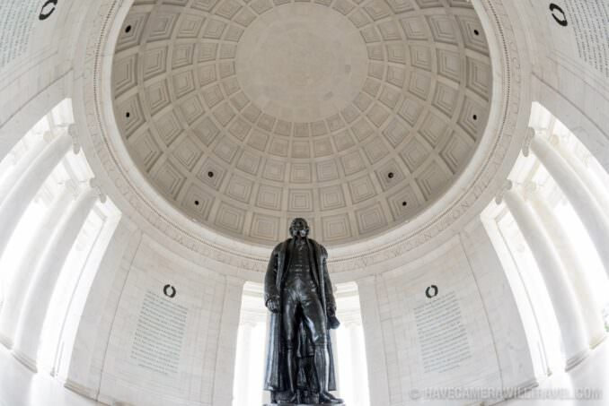 Jefferson Memorial Wide-angle with Statue and Ceiling