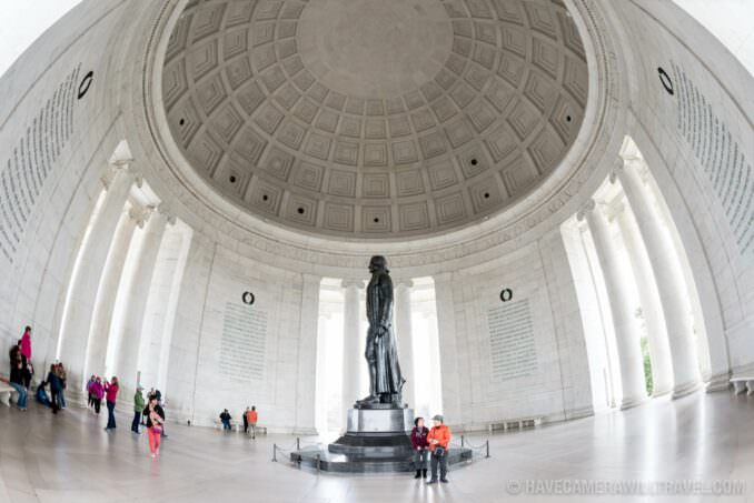 Jefferson Memorial Wide-Angle with Tourists