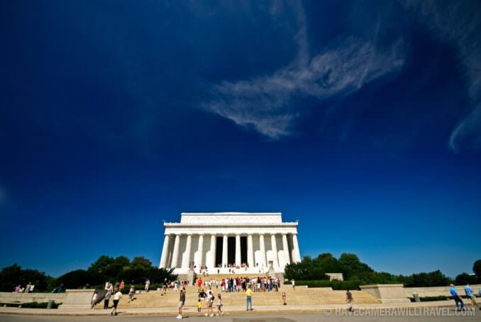Lincoln Memorial wide-angle and blue sky