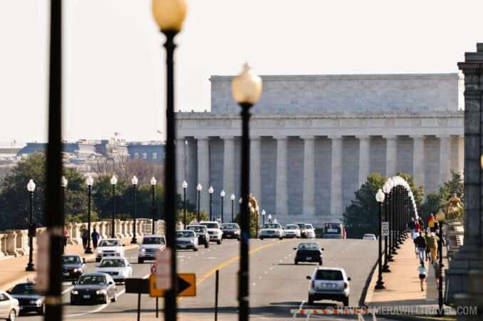 Memorial Bridge and Lincoln Memorial traffic