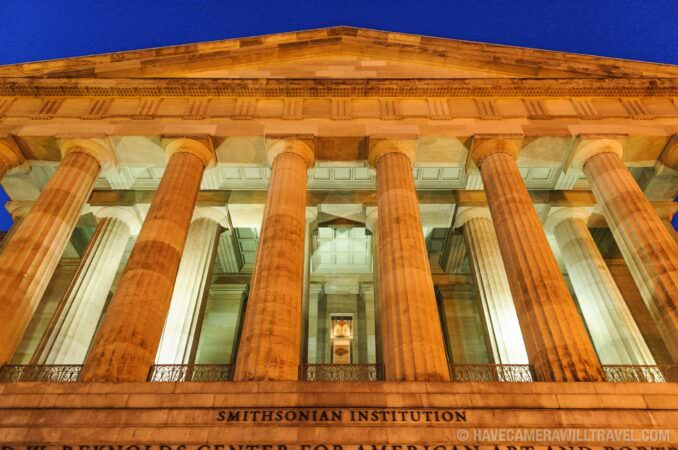 Photo of Main entrance of Smithsonian American Art and Portraiture Museum at dusk