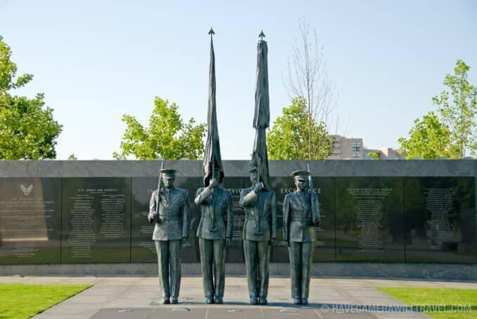 Statue at the US Air Force Memorial