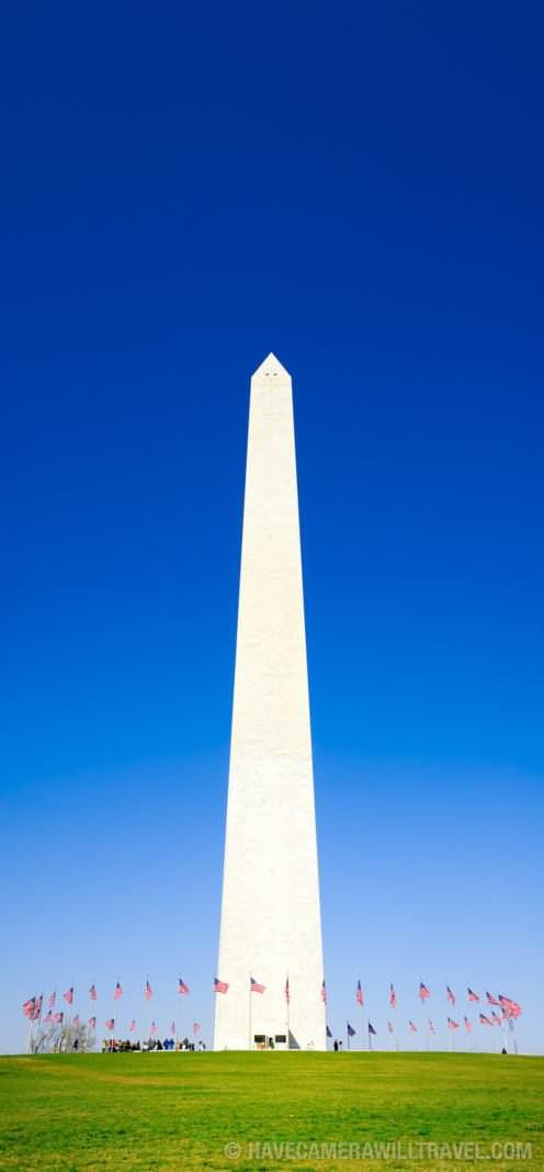 Washington Monument with a clear blue sky.